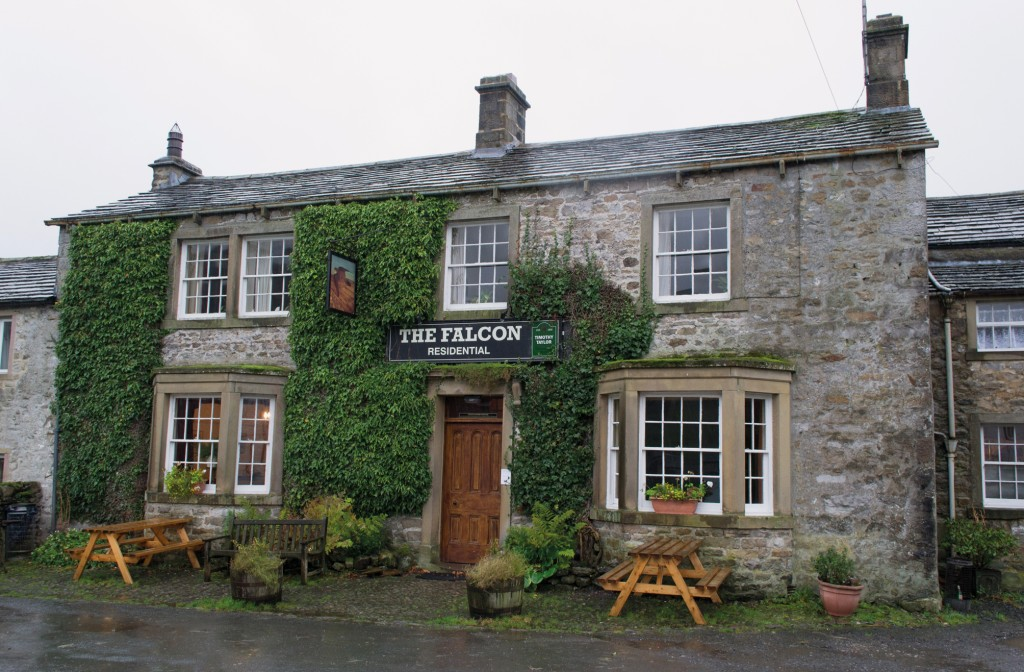 25 Great Walkers' Pubs in the Yorkshire Dales 3